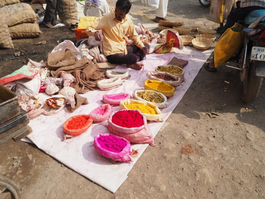 Spices and dye